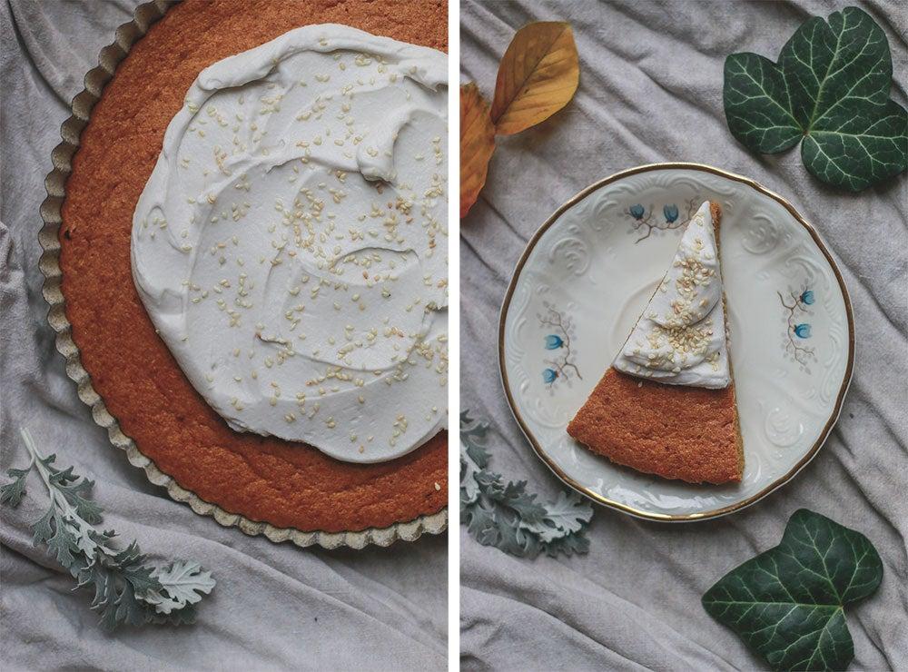 Mrkvový koláč s kokosovou šlehačkou