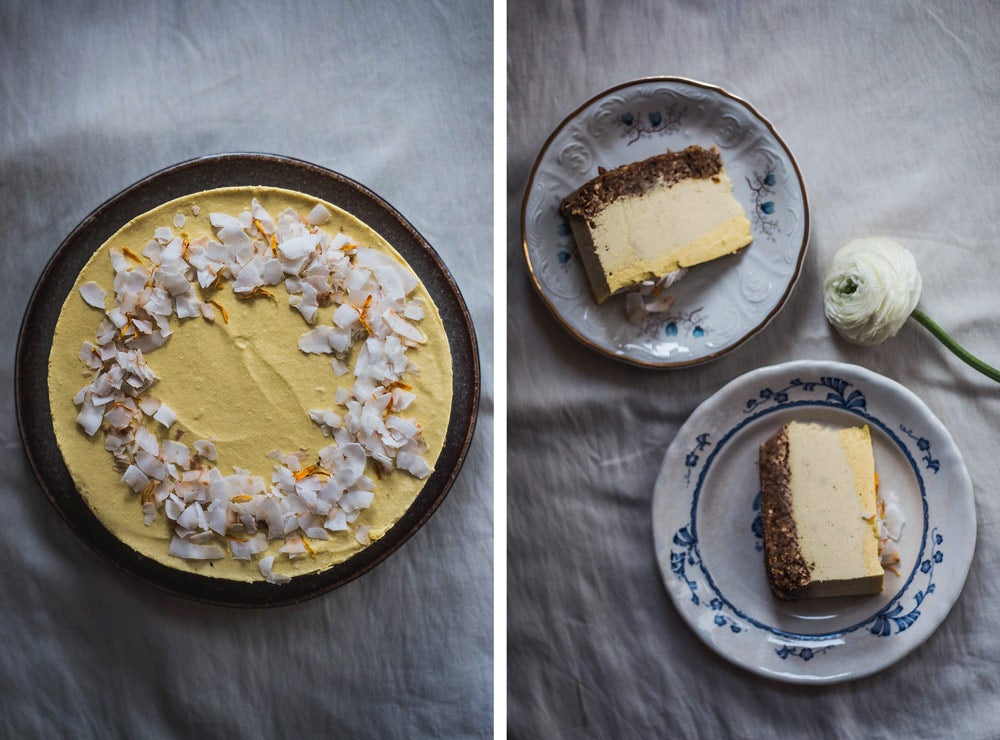Raw mangový cheesecake