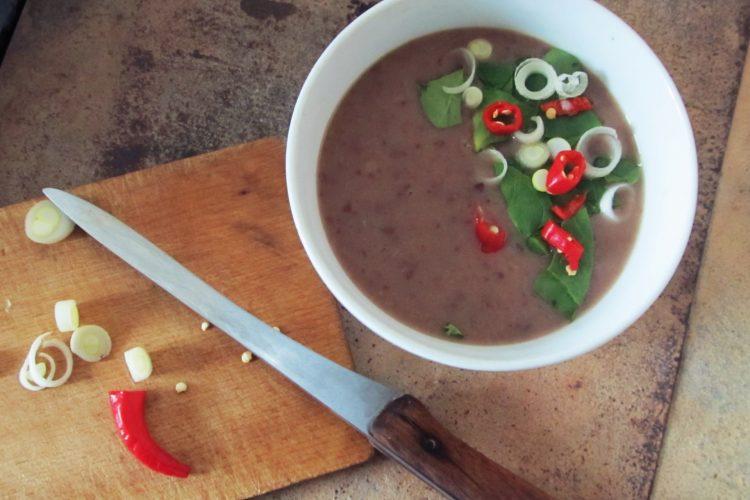 Jemná fazolová polévka